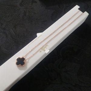 "Jewelry - 18"" Black White Flower Charm Chain Necklace Rose"
